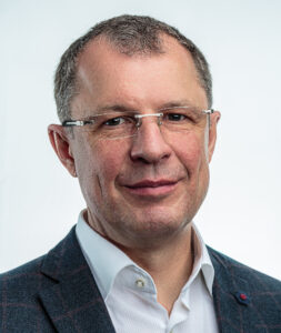 Вячеслав  Непомнящий  Петрович