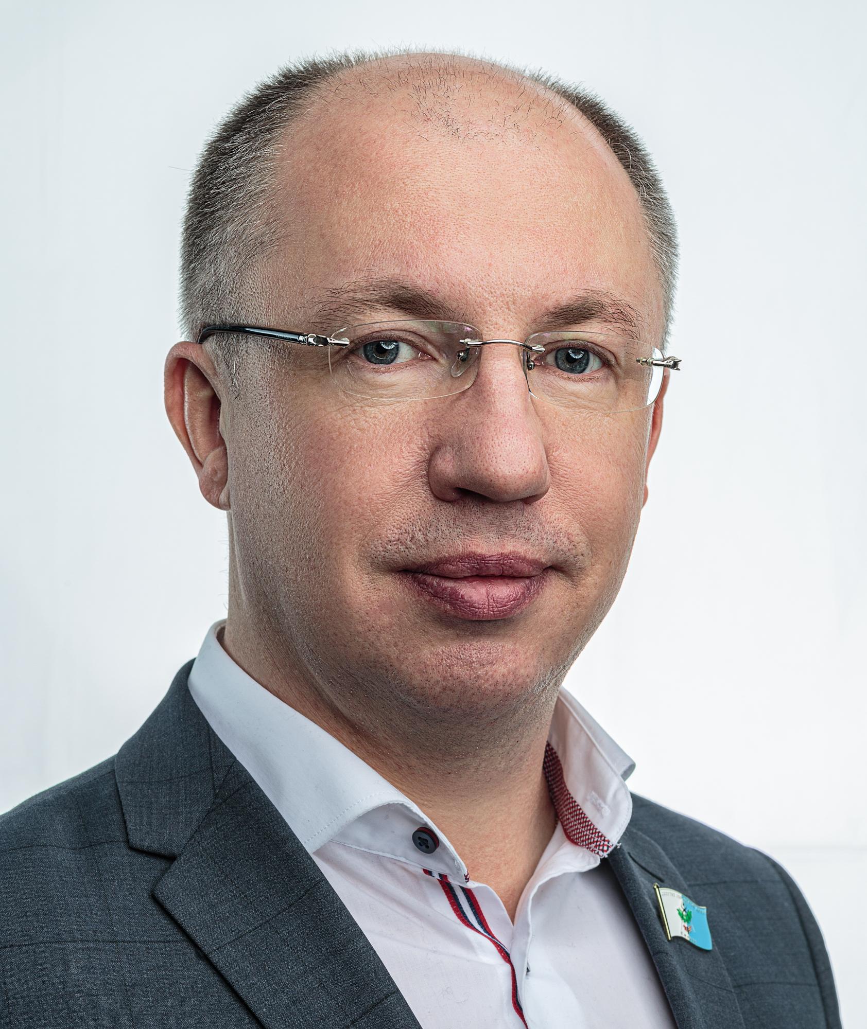 Вычужанин Дмитрий  Владимирович